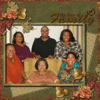 Love-being-Us_-013-Family2012.jpg