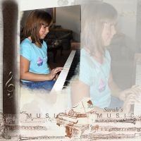 Sarah-Playing-the-Piano.jpg